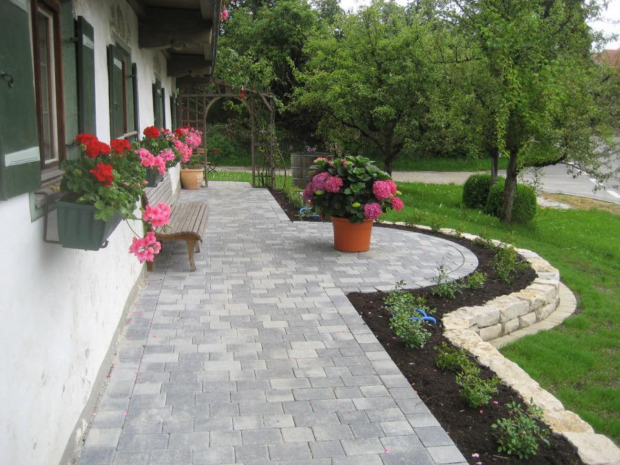 gartengestaltung mit naturstein mauern wasserlaufe und terrassen, Garten und bauen